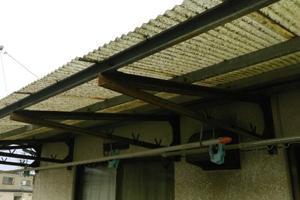 ベランダ屋根張替修理